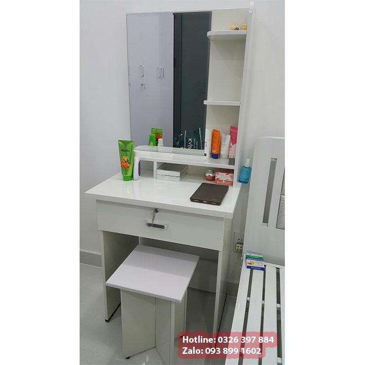 Bộ bàn trang điểm, bàn phấn, bàn makeup bằng nhựa màu trắng đẹp 4