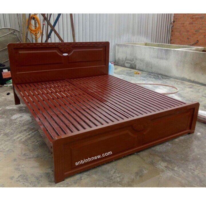 Giường sắt 1m4 x 2m kiểu gỗ 2