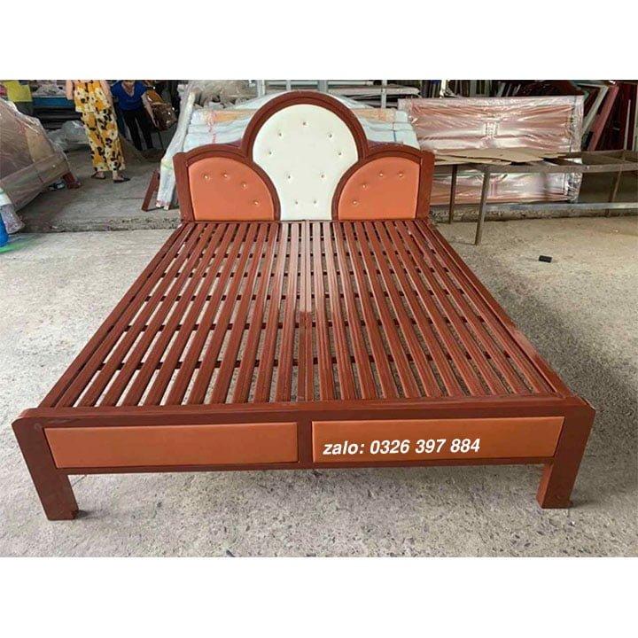 Giường sắt đơn kiểu mới 1m2 mẫu màu nâu - KM02