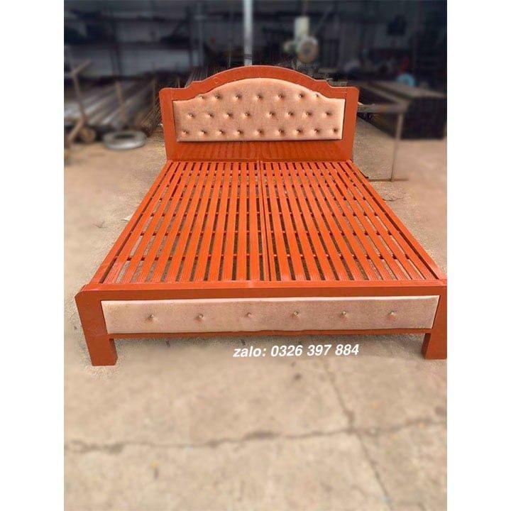 Giường sắt đơn Hoàng Gia màu nâu đậm - HG04