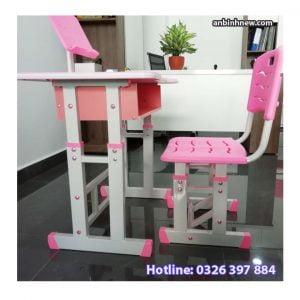 bộ bàn học sinh màu hồng