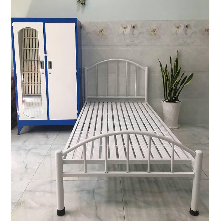 Giường ngủ mỹ thuật, đầu giường cách điệu màu trắng 2