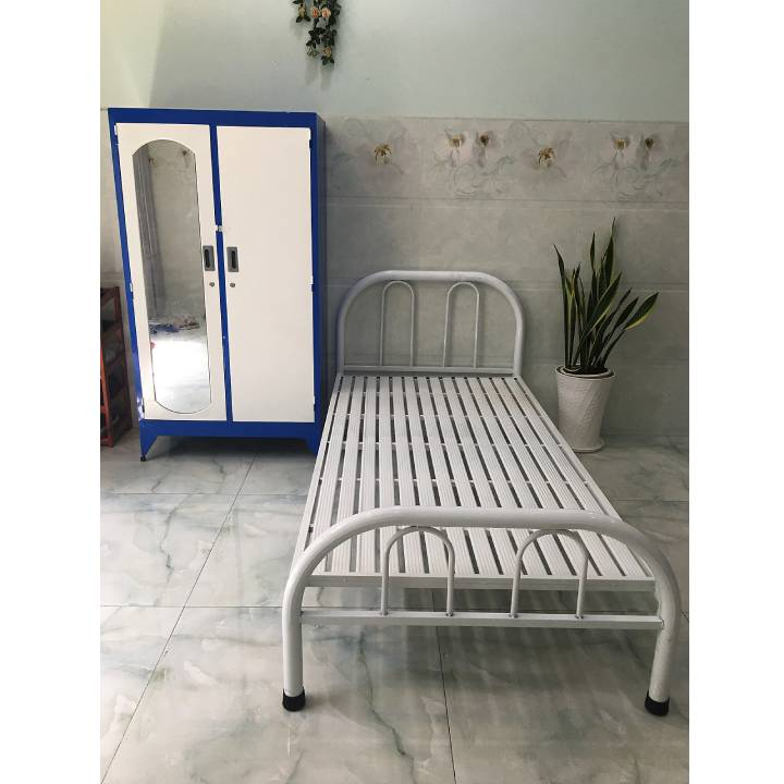 Giường sắt cách điệu đơn giản màu trắng giá rẻ 1